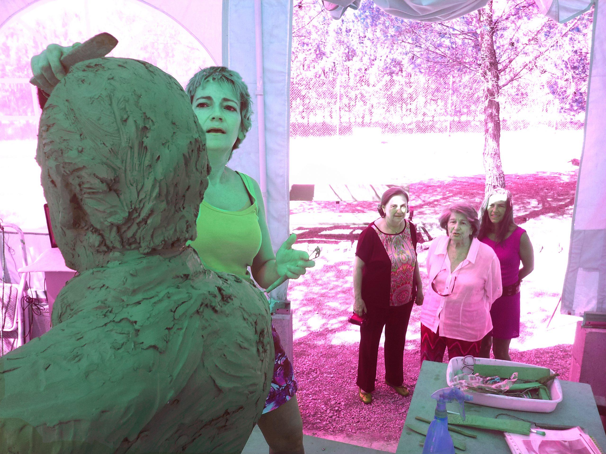 visita barro del monumento mingote -isabel mingote,concepción mira, fundación mingote